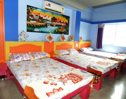 6 Bed AC Room