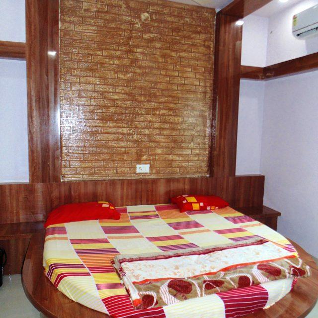 Hotelomshiva, best hotel in omkareshwar